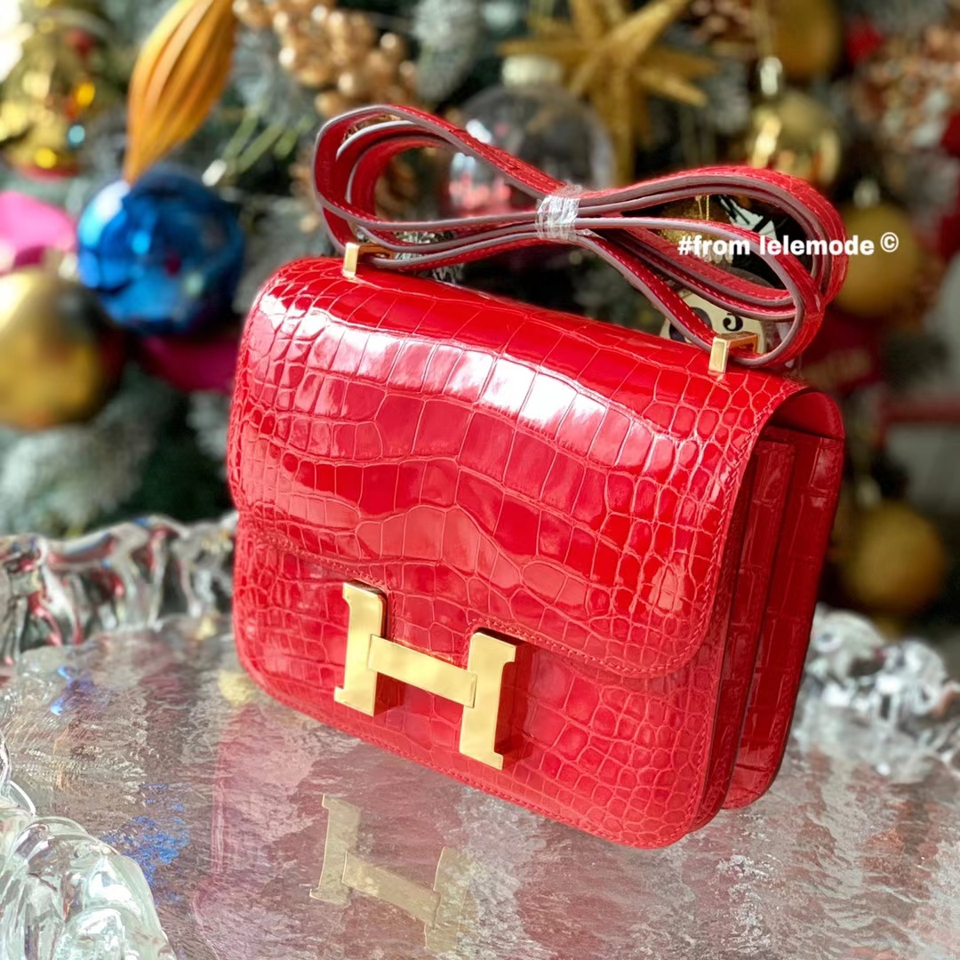 Hermès(爱马仕)Constance 康斯坦斯 18cm 95法拉利红 原厂亮面HCP美洲鳄鱼皮