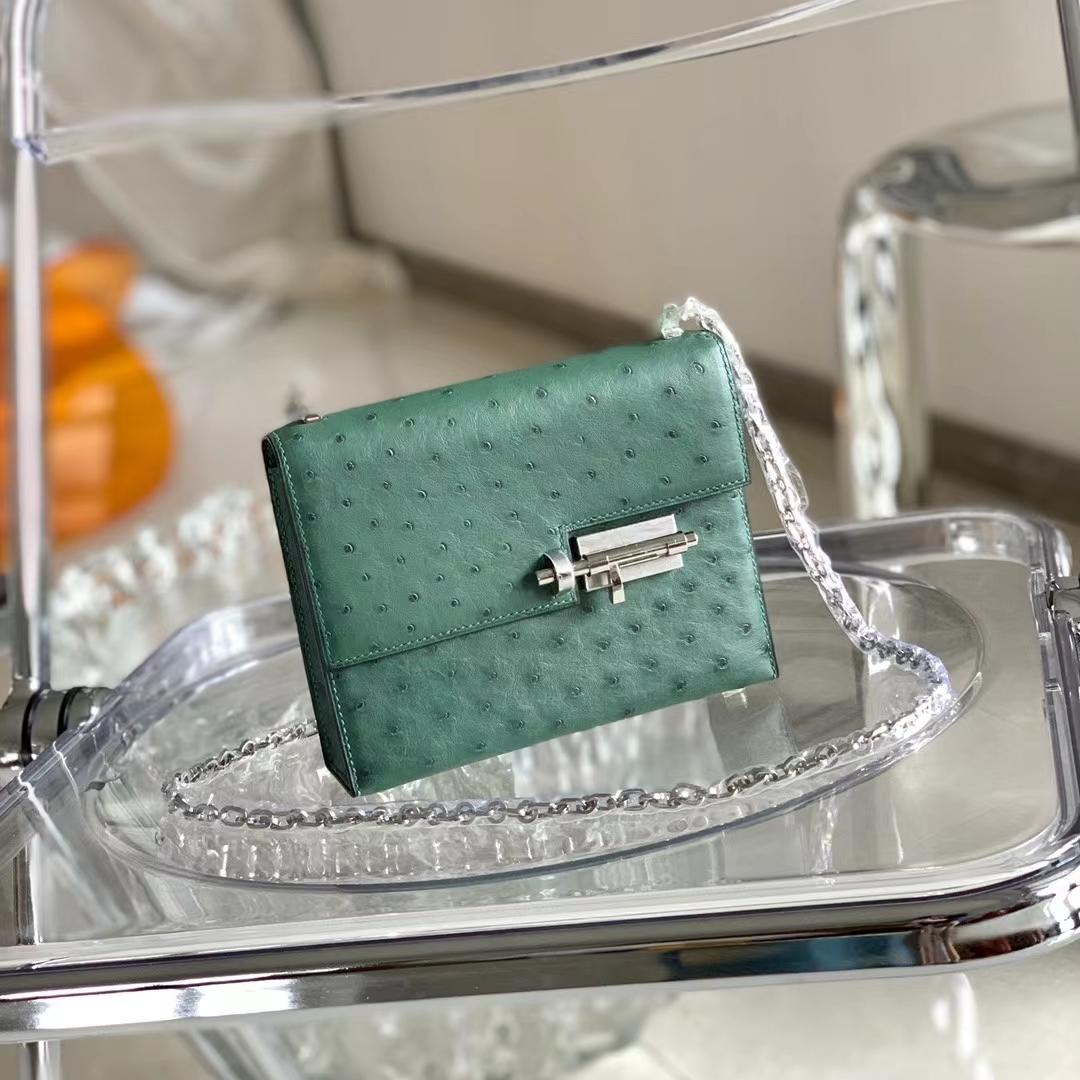 Hermès(爱马仕)Verrou 插销包 原厂鸵鸟皮 英国绿 银扣 18cm