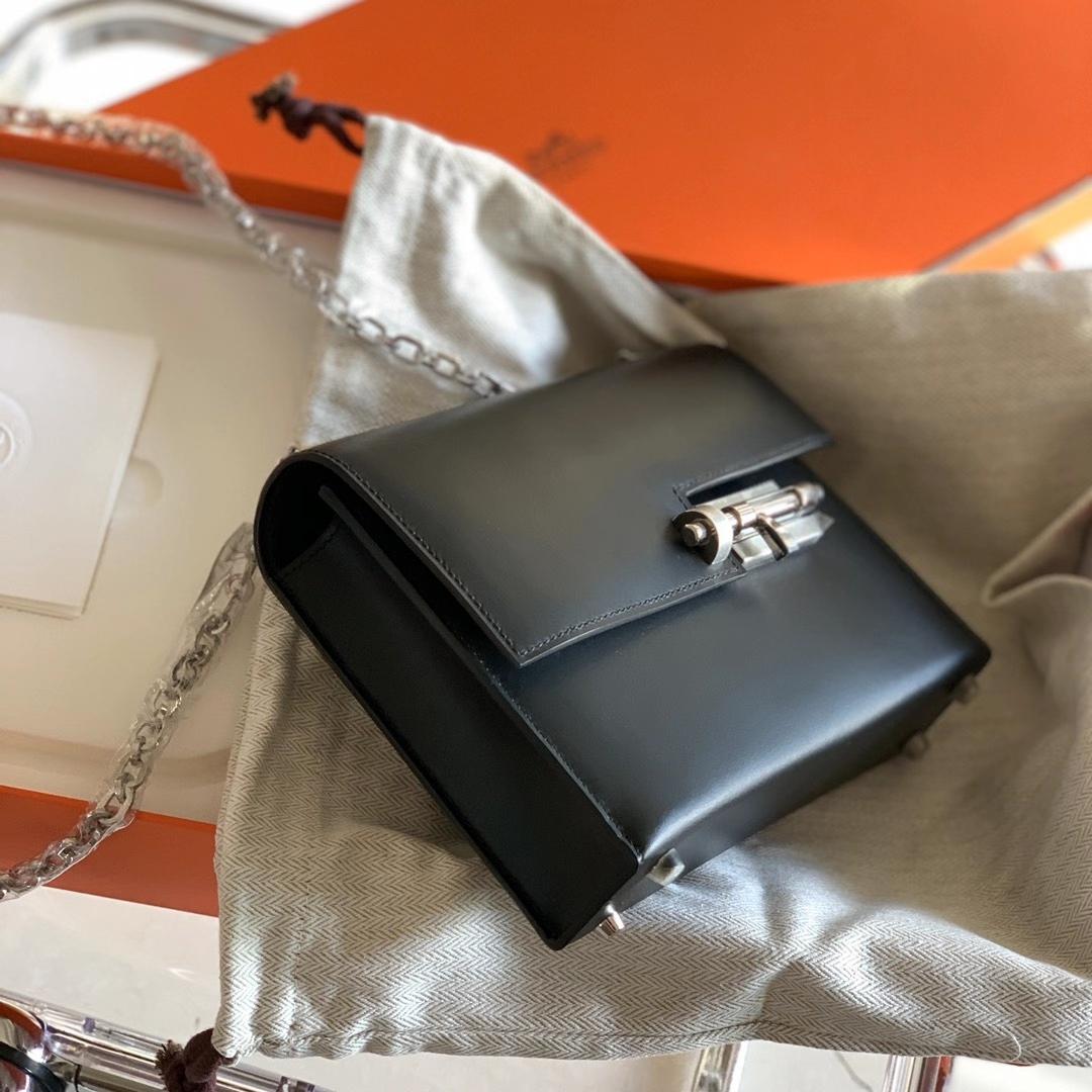 Hermès(爱马仕)Verrou mini 原厂雾面Box皮 插销包 黑色 Nior 银扣 18cm