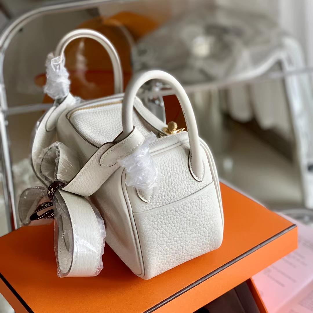 Hermès(爱马仕)mini lindy 迷你琳迪 TC 奶昔白 cc10 金扣 20cm