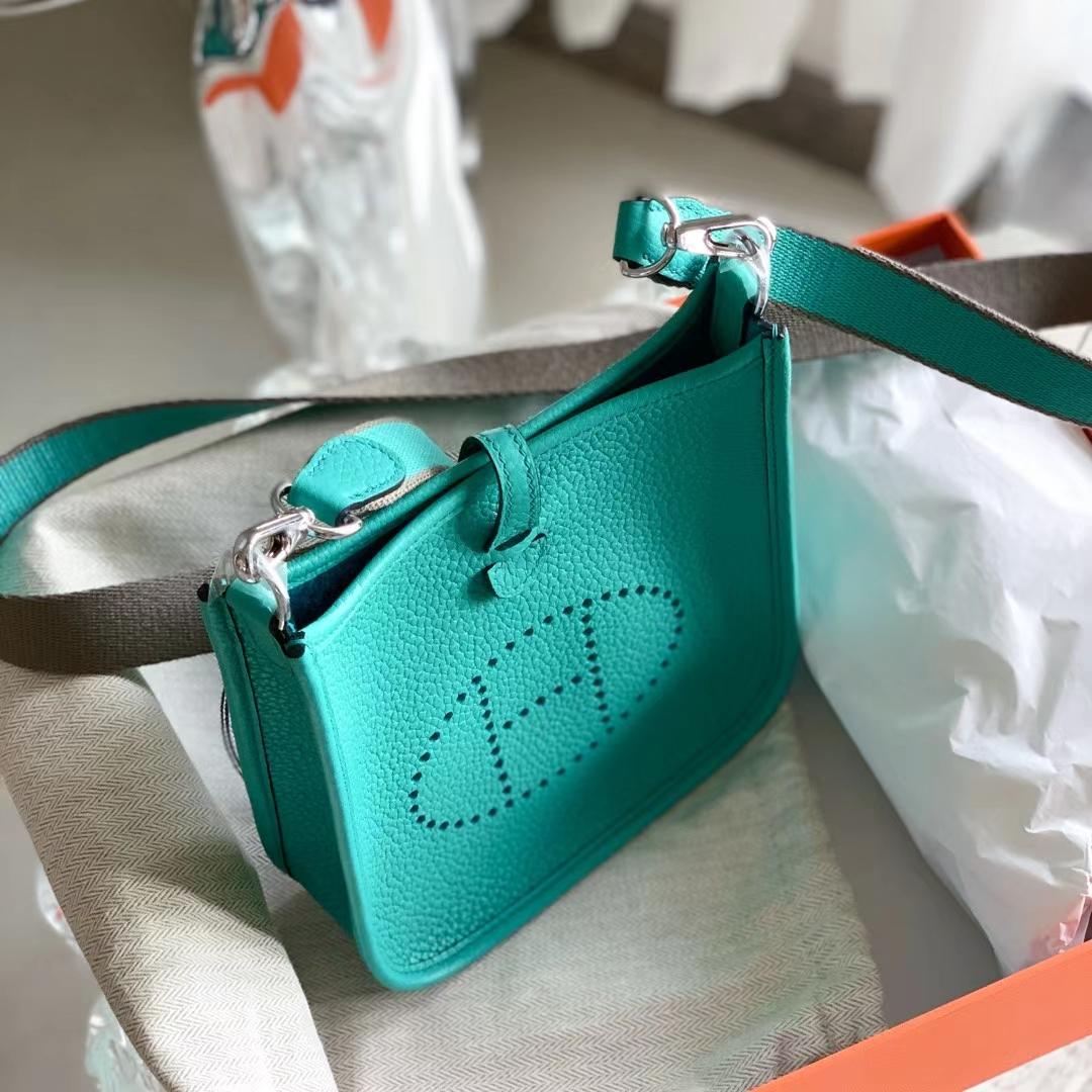 Hermès(爱马仕)Evelyn mini 迷你伊芙琳 原厂TC皮 7F 孔雀蓝 银扣