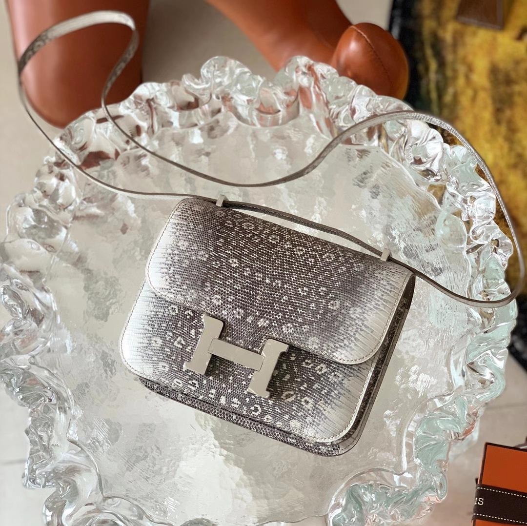 Hermès(爱马仕)Constance 康斯坦斯 喜马拉雅 Ombre 原色 18cm
