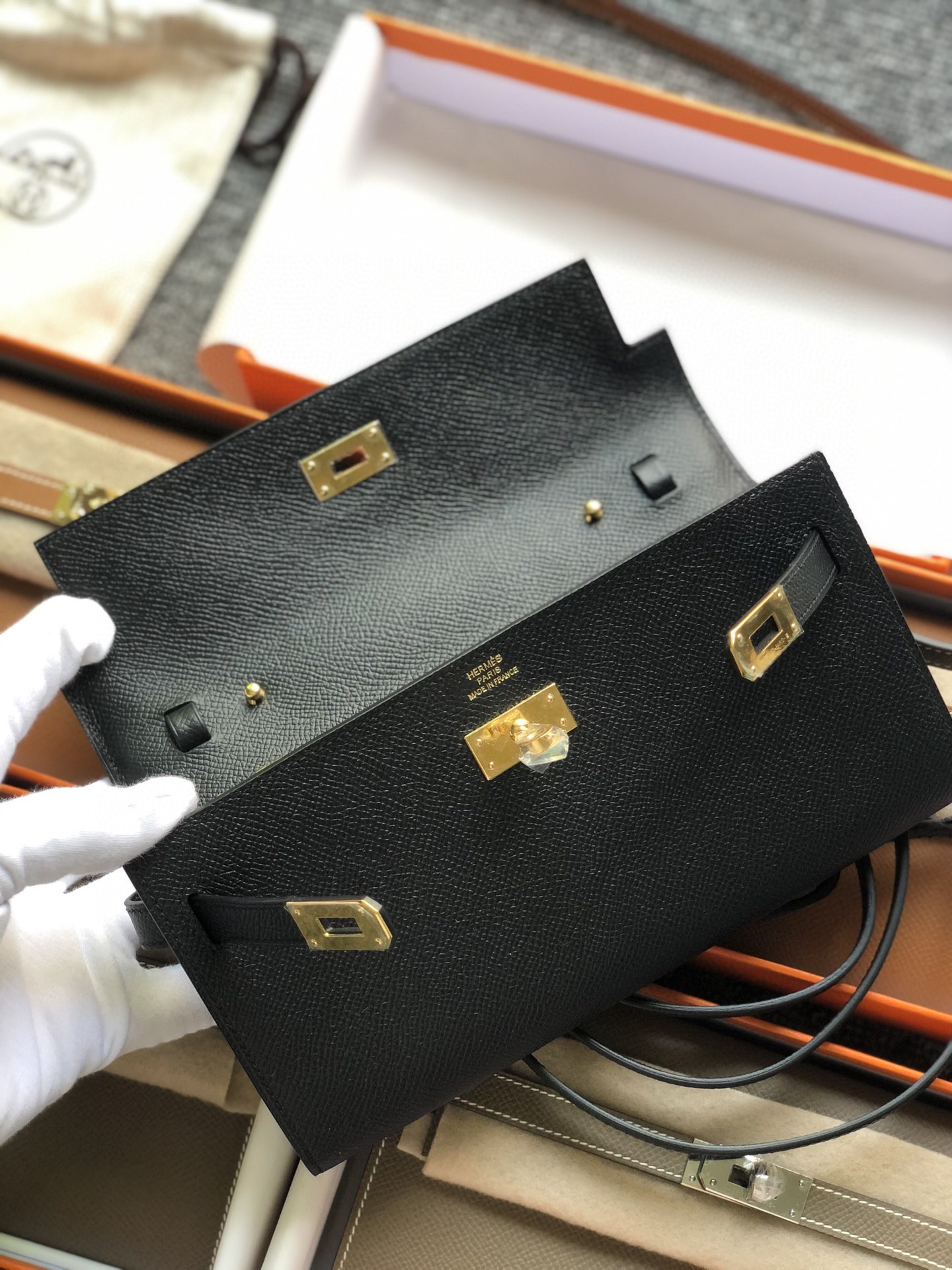 Hermès(爱马仕)Kelly to go woc Epsom 原厂纹掌皮 ck89 黑色 Noir 金扣 顶级手缝
