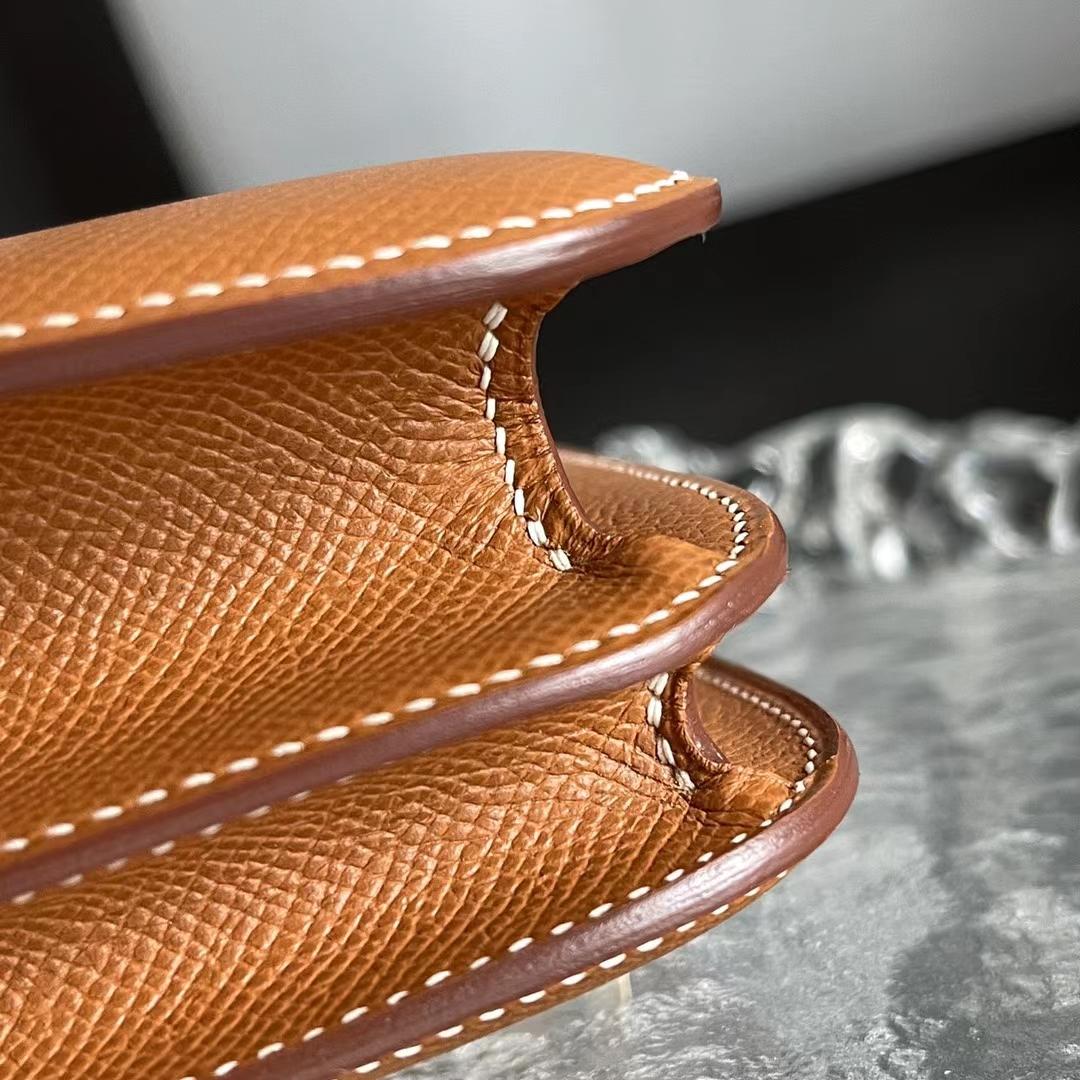 Hermès(爱马仕)Constance 康斯坦斯 小康 原厂Epsom皮 浅咖啡 GOLD色 金棕色 18cm